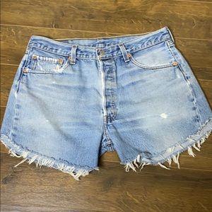 VTG LEVI's 33 501xx Cutoff High Waist Jean Shorts